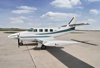 thumb_Cessna-T303